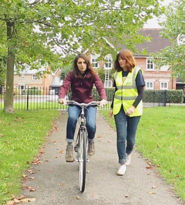 Gagner de l'équilibre à vélo : quels exercices réaliser