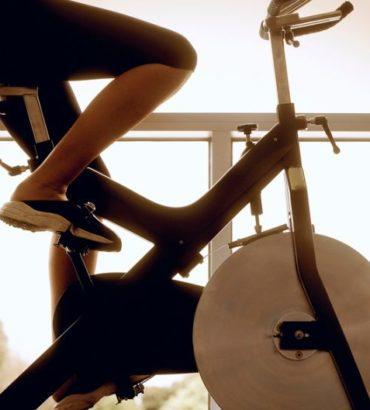 Quelles sont les caractéristiques d'un bon vélo d'appartement