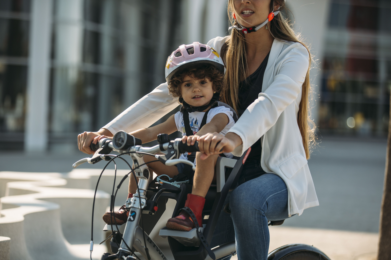 Emmener Bébé En Vélo En Toute Sécurité Velopuissance - Porte bébé pour vélo